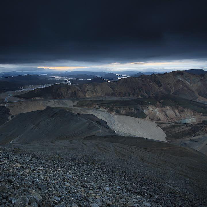 冰岛兰德曼纳劳卡内陆高地尽显大自然的鬼斧神工。