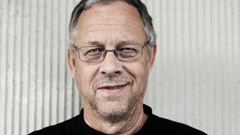 Lars Lagerbäck's charm and talent wins everyone over!