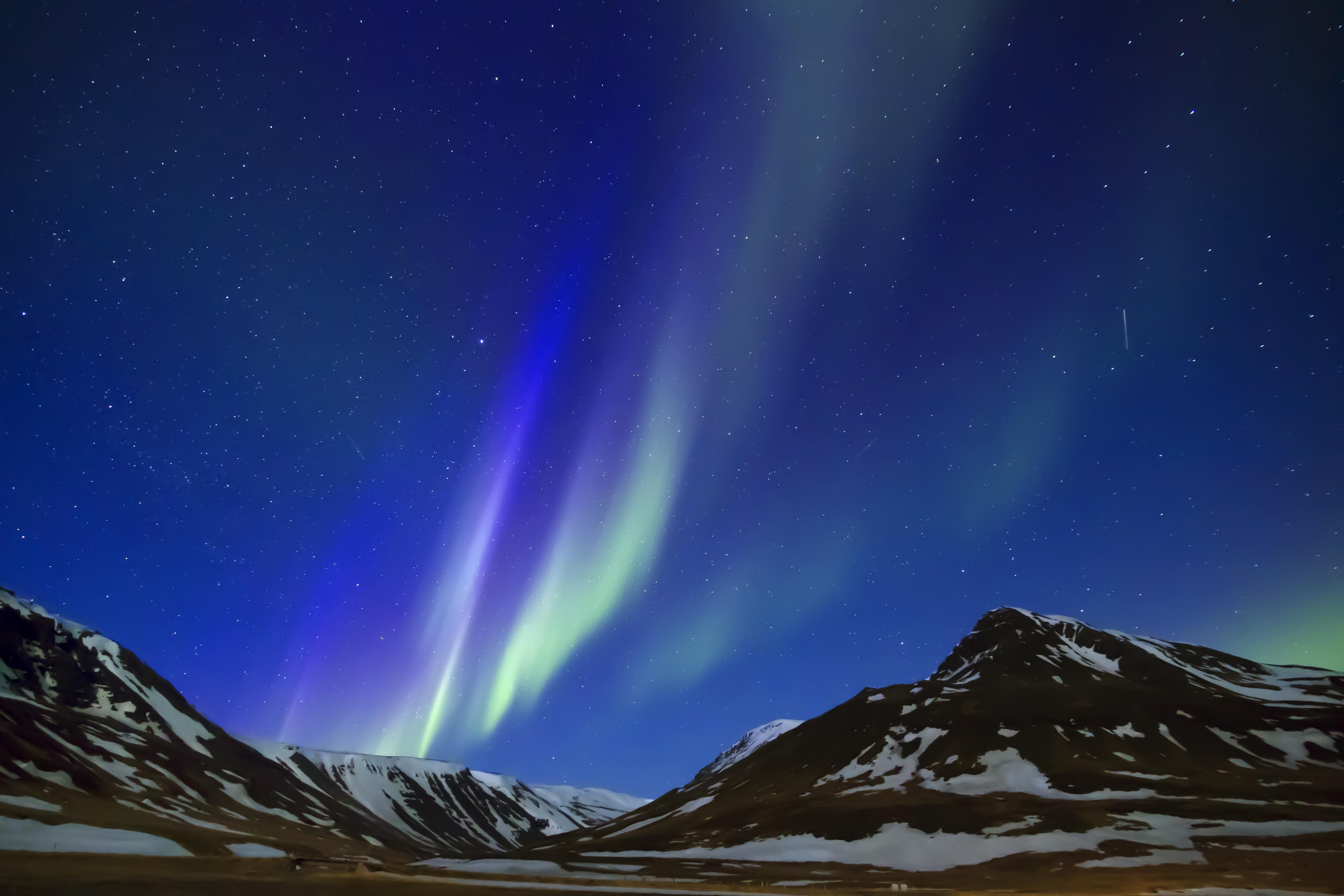 死ぬまでに一度見てみたいアイスランドのオーロラ