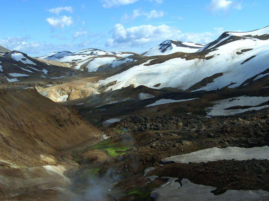 The warm hills of Kerlingarfjöll. 'Kerlingarfjöll' means 'The mountains of the troll woman.'