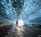 2 Day Trip to Jökulsárlon Glacier Lagoon with Ice Cave Tour