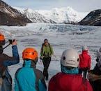 Notre guide vous apprendra à propos du glacier et des environs, et vous guidera étape par étape dans le processus de randonnée.