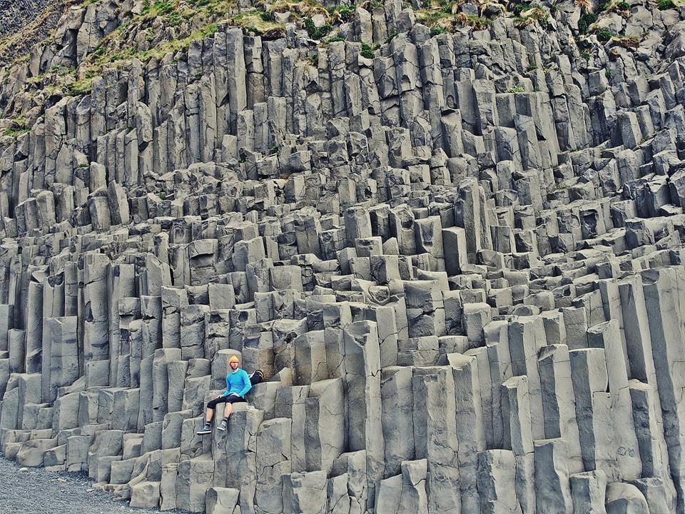 冰岛南部黑沙滩岩群