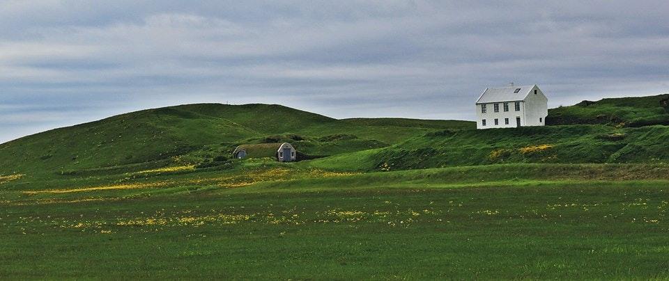 冰岛南部的草皮房