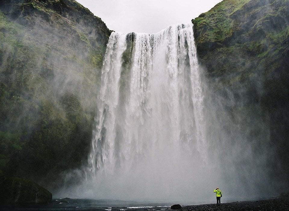Skógafoss斯科加瀑布