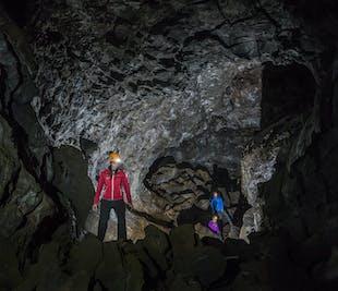 레이캬비크에서 ATV로 떠나는 땅 밑의 용암 터널 투어