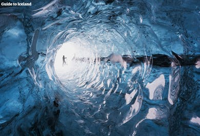 6-дневная зимняя поездка по Исландии   Из Рейкьявика в ледяную пещеру