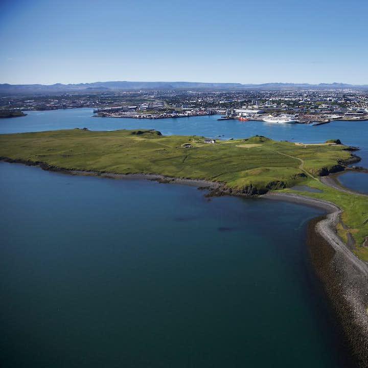 雷克雅未克观鲸+维迪岛观光(梦想和平塔所在岛屿)