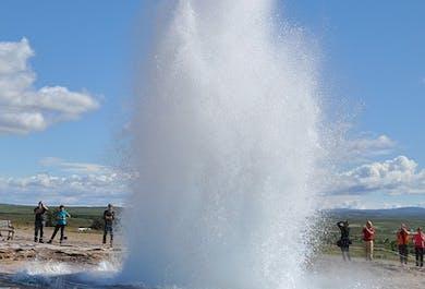 Cercle d'Or, exposition sur l'activité sismique et visite d'une ferme islandaise