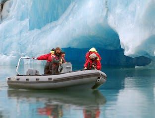 Zodiac Boat Tour of Jokulsarlon Glacier Lagoon width=