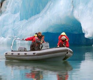 Sortie zodiac sur la lagune de Jokulsarlon | Naviguez entre les icebergs