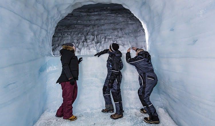 Tunnel de glace Langjökull et fjord de la baleine