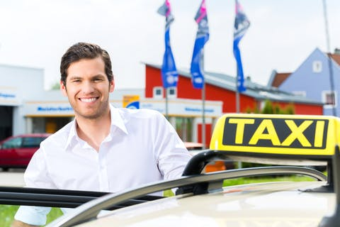 Private Airport Transfer from/to Reykjavik