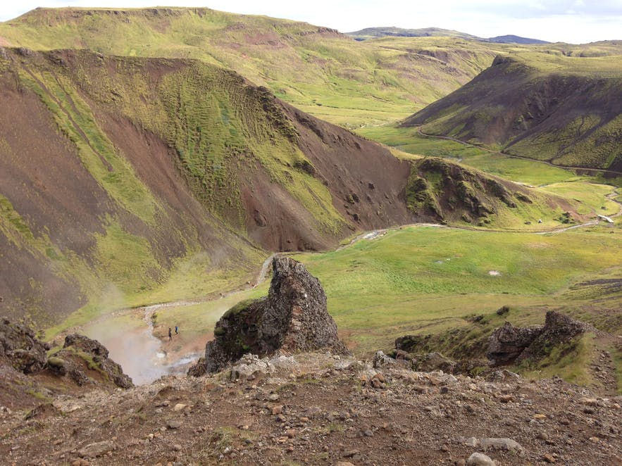 The view over Reykjadalur valley