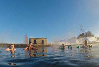 Sortie depuis Reykjavik vers la source chaude du Secret Lagoon