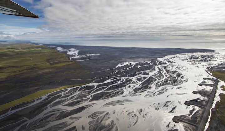 Skeiðarársandur黑沙滩+Skeiðarárjökull冰川小飞机团