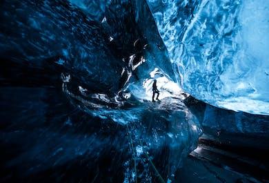 2 Day Tour to Jökulsárlón | Blue Ice Cave, Black Beach & South Coast Waterfalls