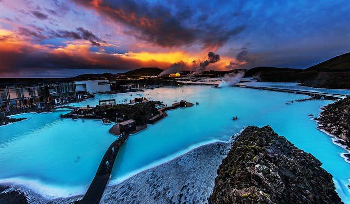Den Gyldne Cirkel og Den Blå Lagune   Dagstur til de berømte steder i en lille gruppe