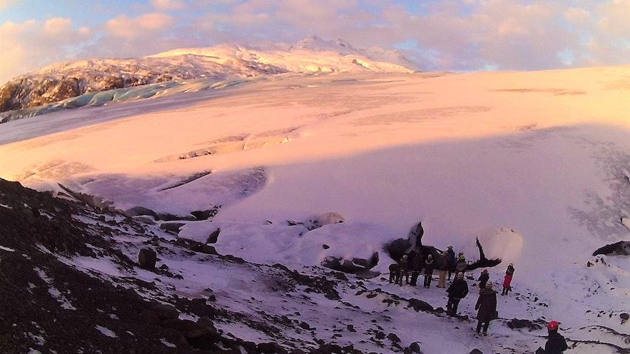 entrée grotte de glace en Islande