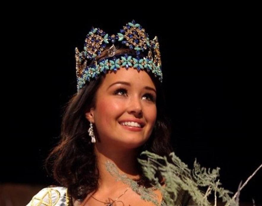 Miss Iceland, Unnur Birna, wins Miss World 2005