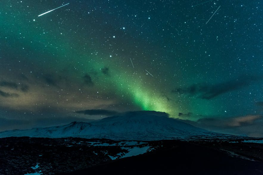 Meteor shower over Snæfellsjökull glacier, by Diana Robinson