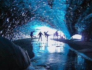 Хрустальный грот | В голубую ледниковую пещеру из Йокульсарлон
