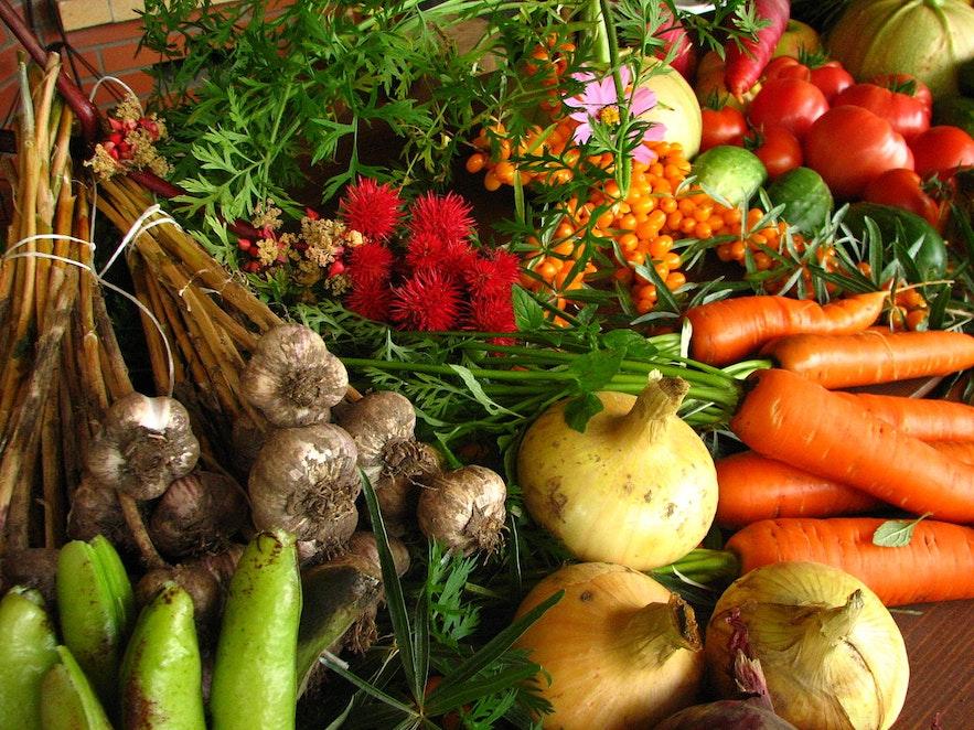 Mit ein paar Zutaten aus dem Supermarkt kannst du auch in Island Leckeres auf den Tisch zaubern