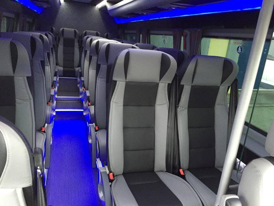 オーロラツアー(小型バス)