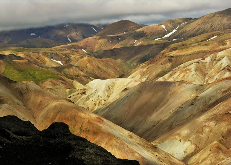 The kaleidoscopic hillsides of the Icelandic Central Highlands have made the area famous worldwide.