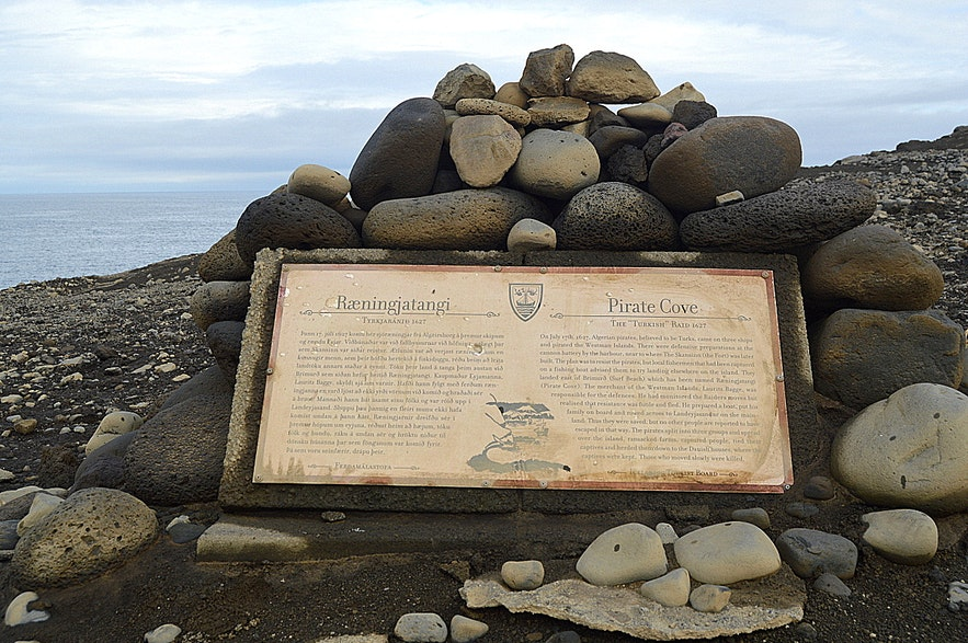 Westman Islands South-Iceland - Ræningjatangi Pirate Cove
