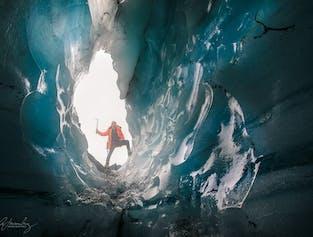 South Coast & glacier hike on Solheimajokull   Medium difficulty