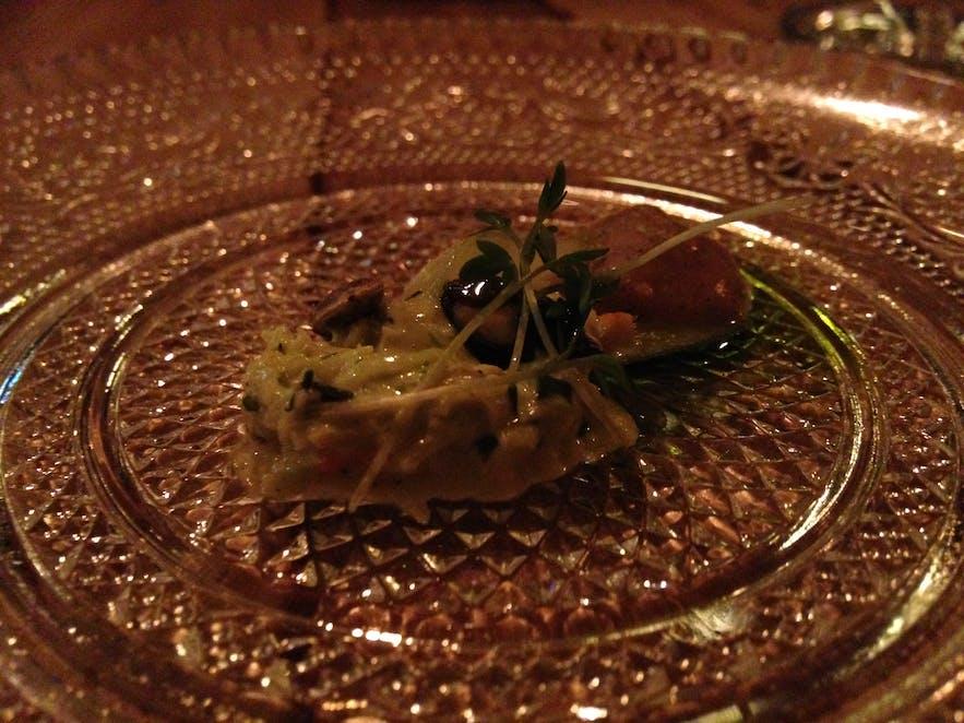 Amuse bouche in Icelandic seafood restaurant Kopar