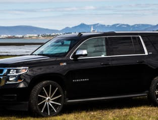 Luxury Airport Transfer   Up to Seven Passengers