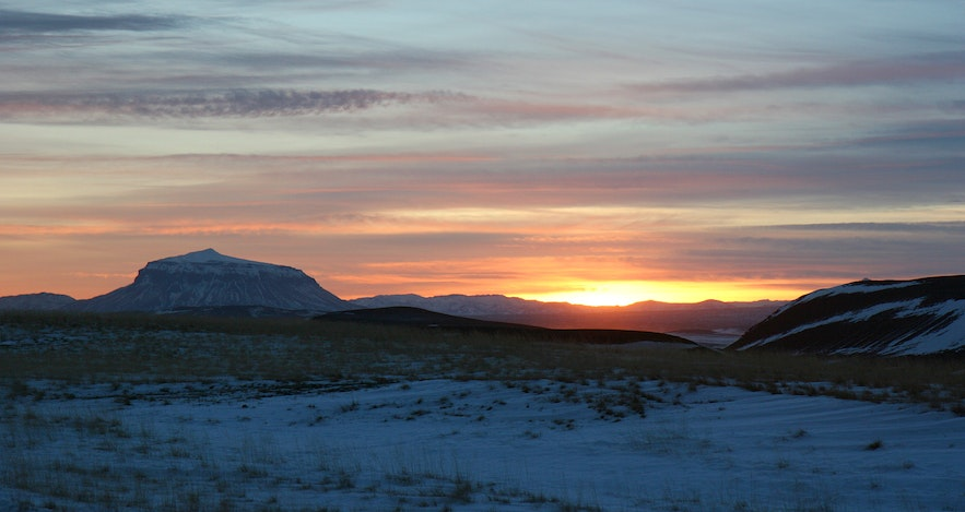 The sun trying to set in summer in the Highlands.