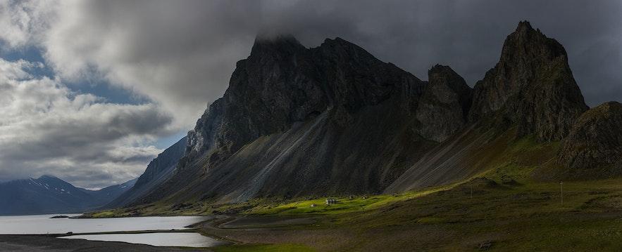 Eystrahorn mountain by Cedrik Strahm