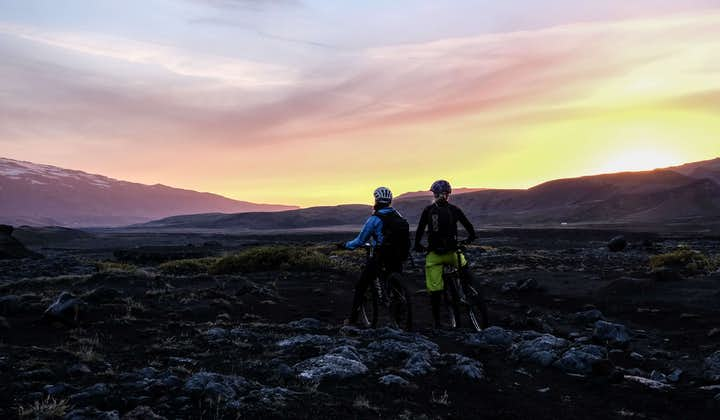Biking under the midnight sun in the Icelandic highlands is a once-in-a-lifetime opportunity.