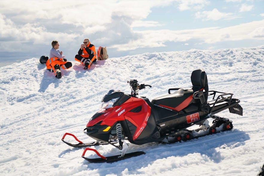 La motoneige est une activité commune en Islande