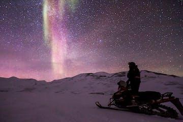 Scooter-Auroras-Aurora-Snowmobile-Northen-Light-1189972.jpg