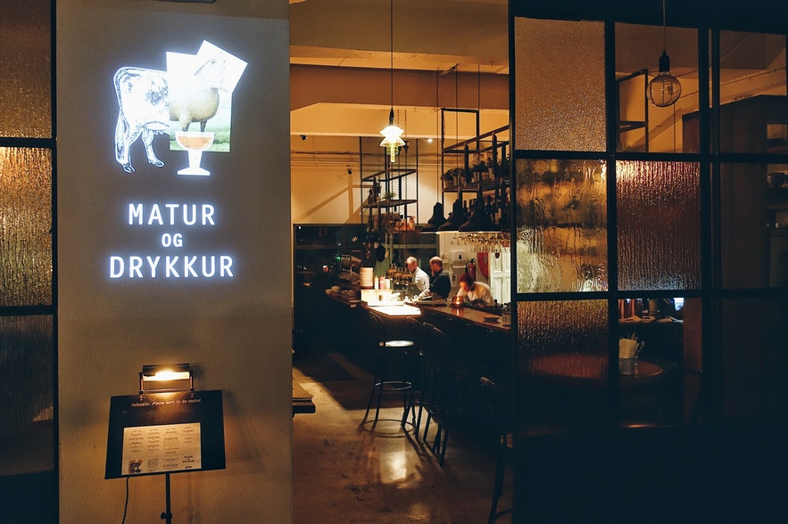 Matur og Drykkur - Cuisine islandaise traditionnelle avec une touche moderne