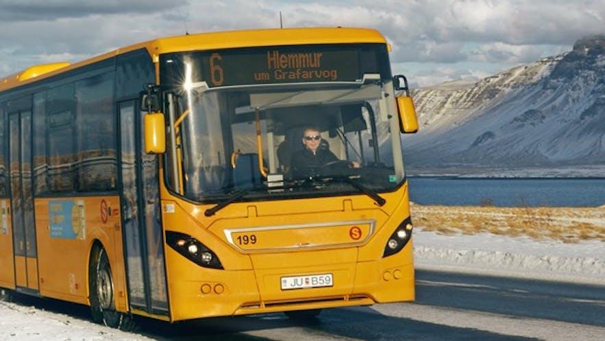 冰島公共Straeto巴士