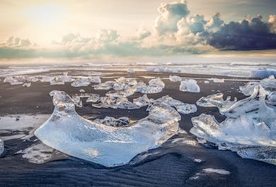 Private Jokulsarlon Glacier Lagoon & South Coast Tour