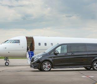 Частный трансфер класса «люкс» | Из Рейкьявика в аэропорт Кефлавика на новом Mercedes Benz V-класса