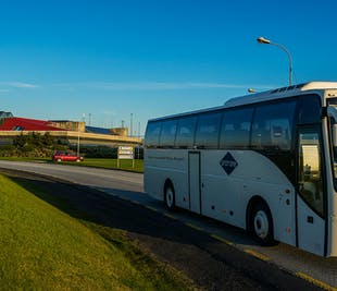 Transport z lotniska do hotelu w stolicy (KEF-RVK)