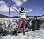 Genieße das Hochgefühl auf dem Gipfel eines Gletschers in Island.