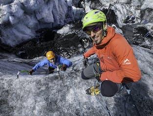 솔헤이마요쿨 빙하 트레킹과 빙벽등반