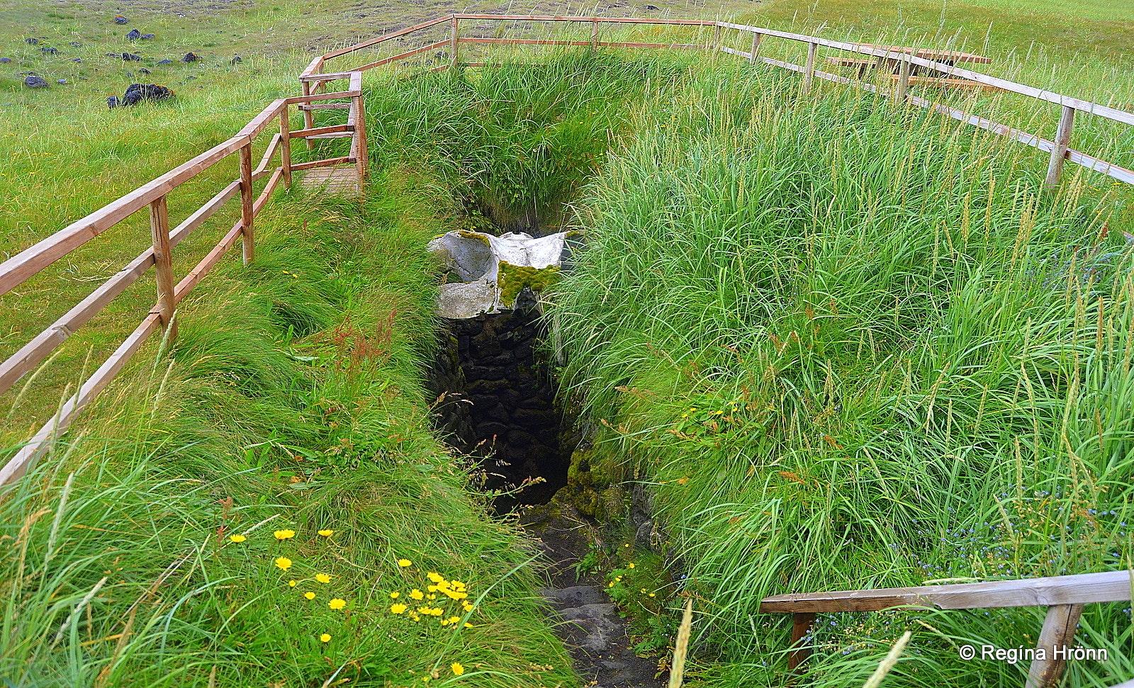 Gufuskálar & Írskrabrunnur - the Well of the Irish on Snæfellsnes Peninsula in West-Iceland