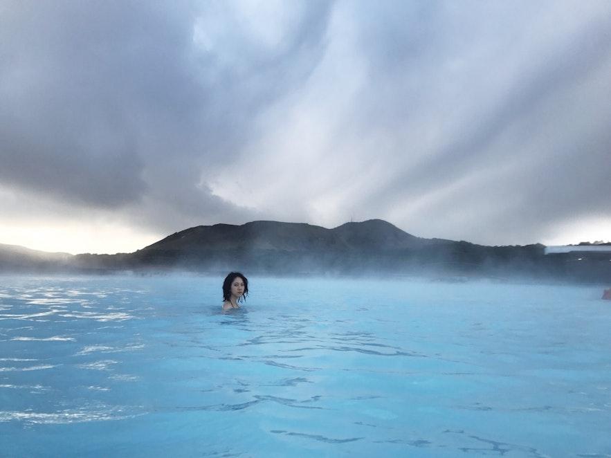 冰島藍湖沒人的瞬間