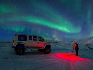 Chasse aux aurores boréales   Sortie en Super jeep