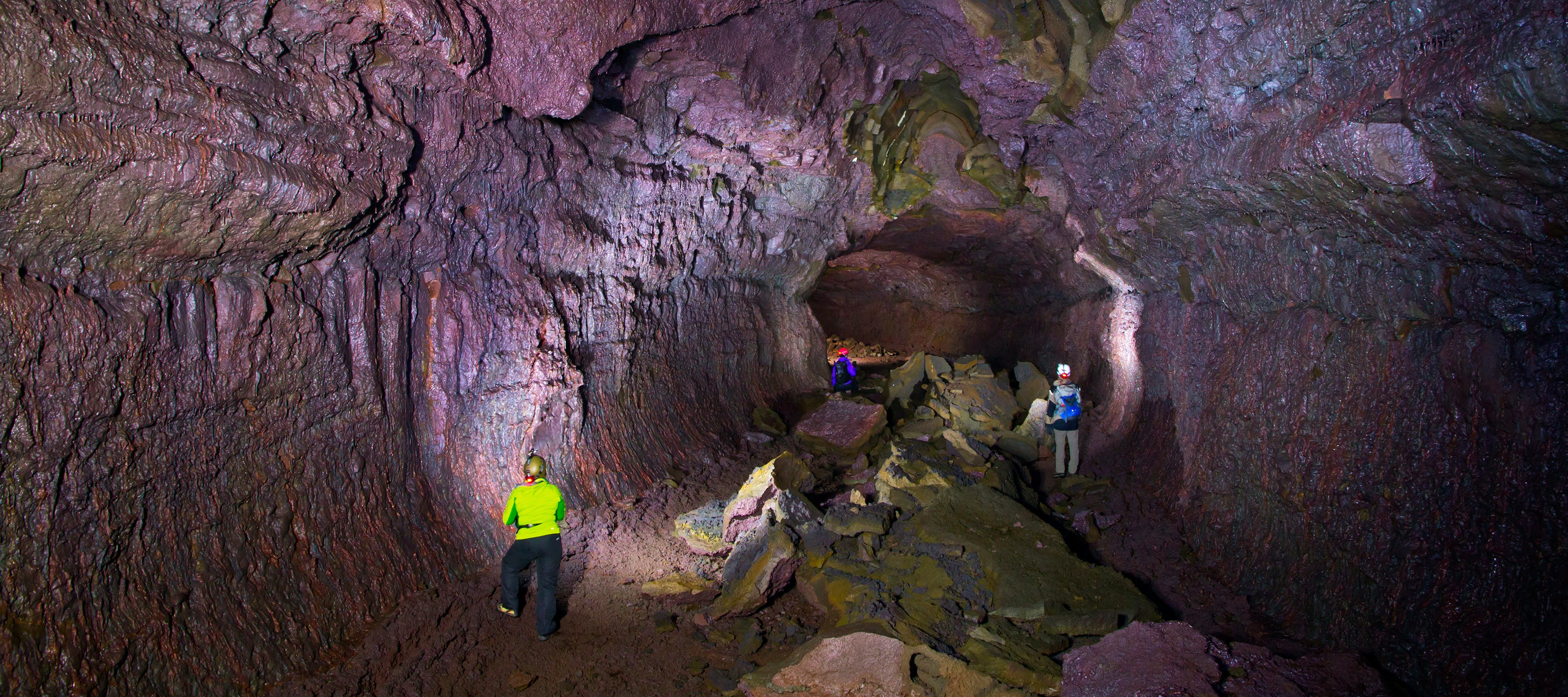 Lava Cave & Geothermal Adventure