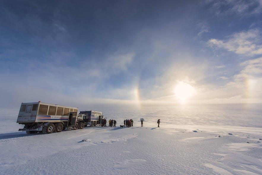 Une partie des glaciers est seulement accessible en camion comme sur la photo
